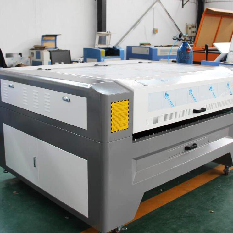 Metal & Non-metal Mixed Co2 2mm Stainless Sheet Metal Laser Cutting Machine - 1390